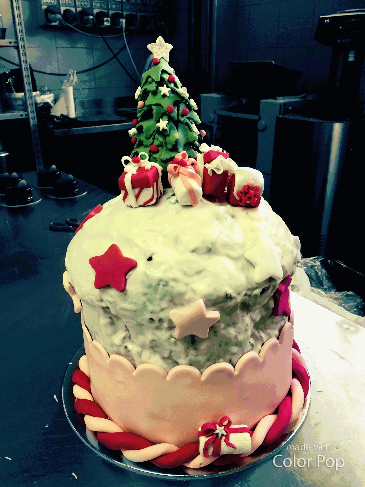 Manu Cake Design : Panettone decorato manu Cake Designer